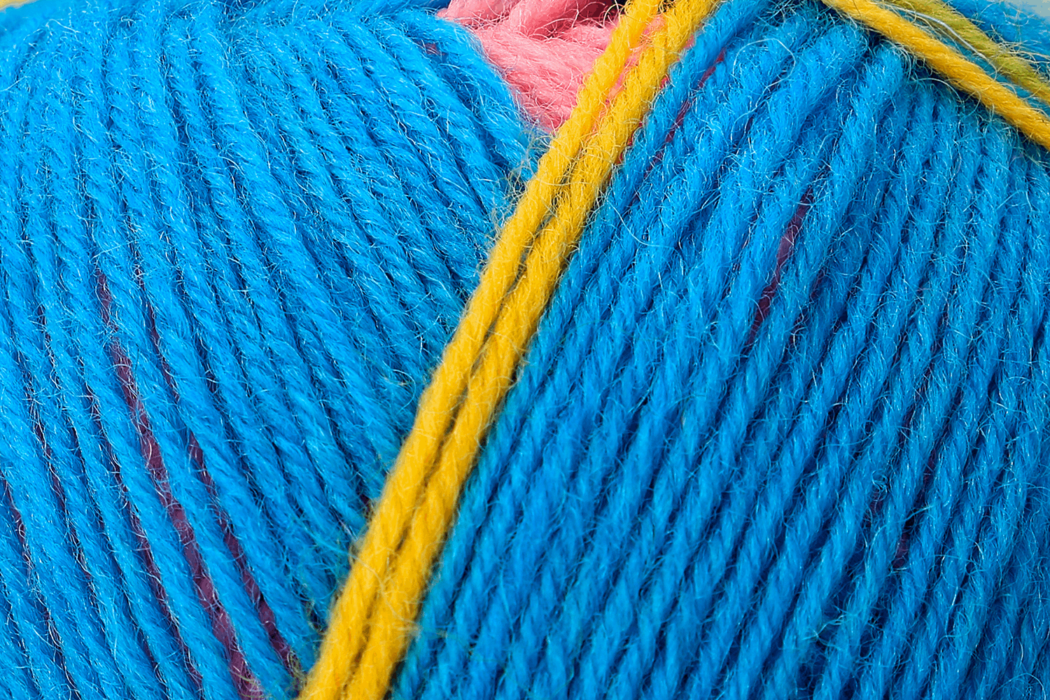 Picture of Design Line - Arne & Carlos: 4 Ply: 5 x 100g: Leirfjord