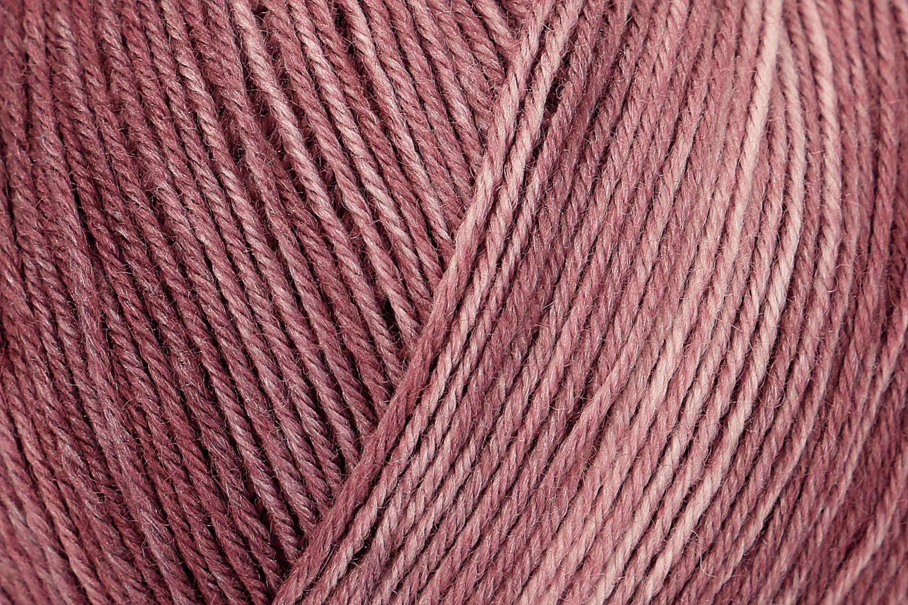 Picture of Silk Color: 4 Ply: 5 x 100g: Feige Colour