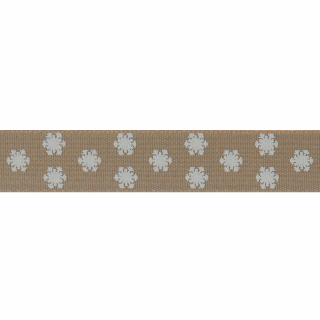 Picture of Polka Flakes: 4m x 15mm: Oatmeal