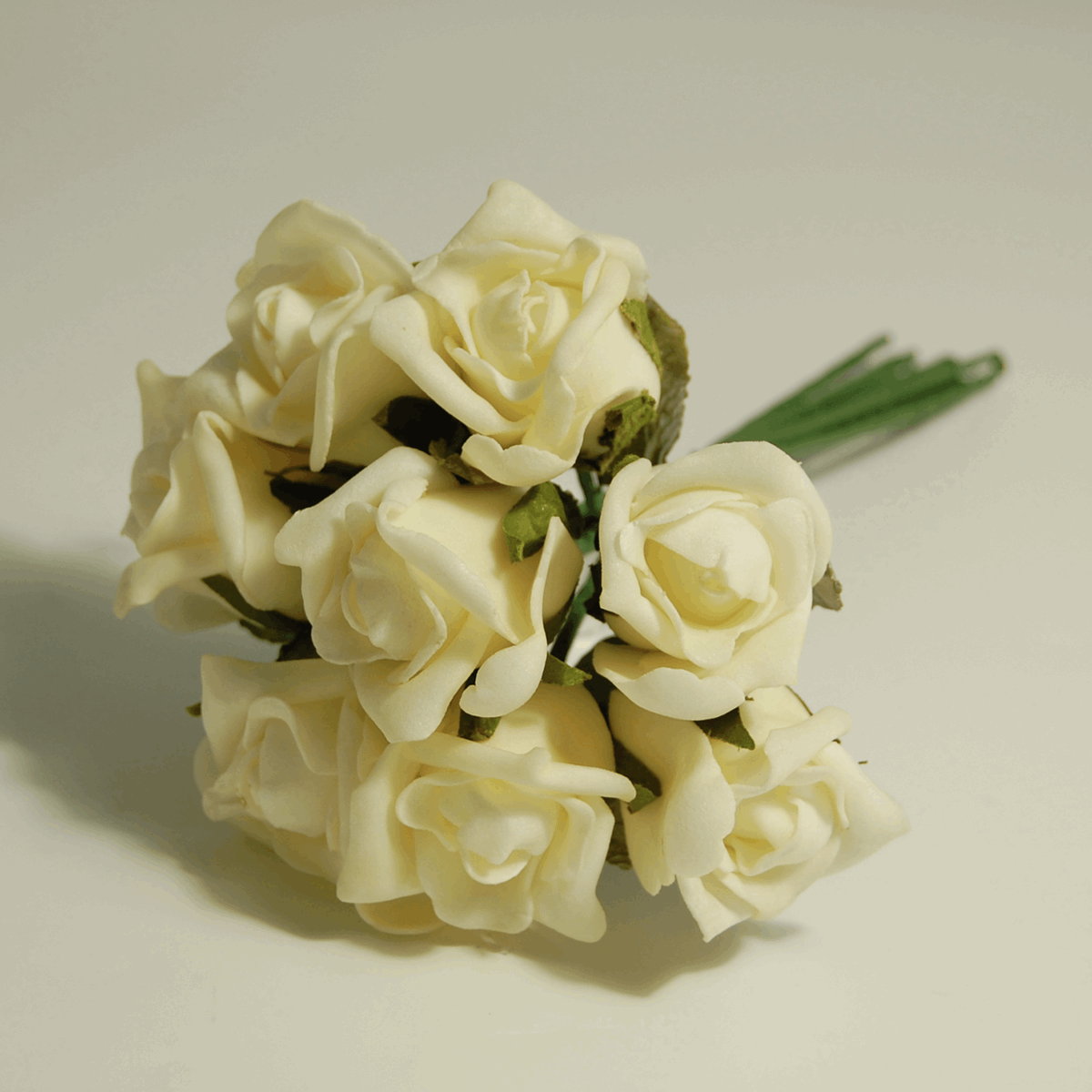 Picture of Flowers: Rose Buds: Polyfoam: Small: Pack of 8: Ivory