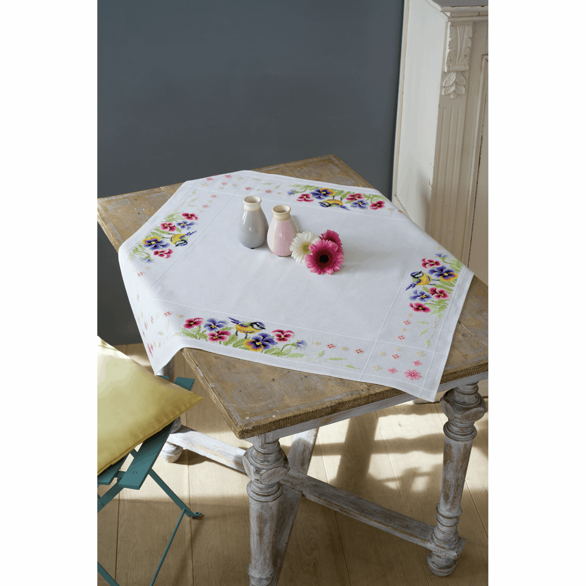 Picture of Cross Stitch Kit: Tablecloth: Bird & Violets