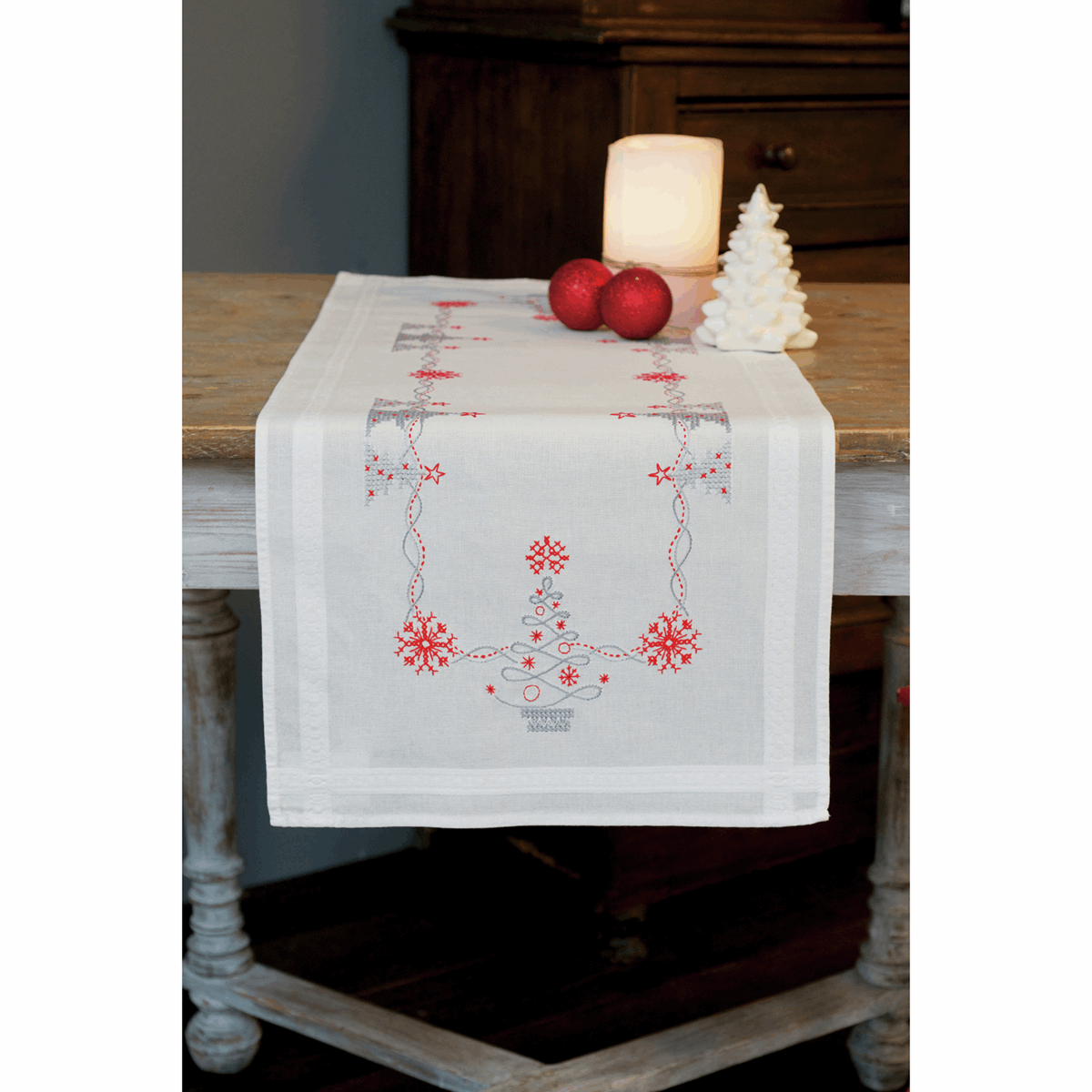 Picture of Cross Stitch Kit: Table Runner: Christmas Trees